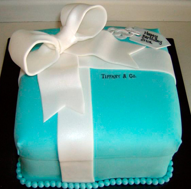 Торт по образу и подобию коробочки Тиффани