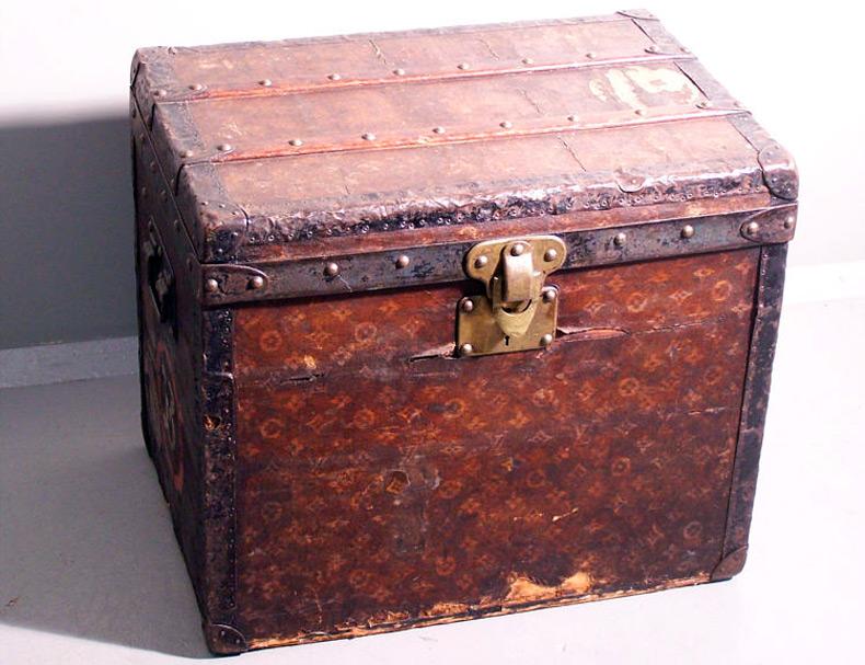 дорожные чемоданы Louis Vuitton