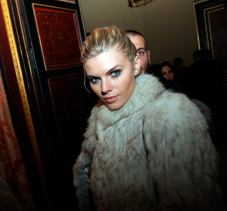 Белорусская модель Марина Линчук фото