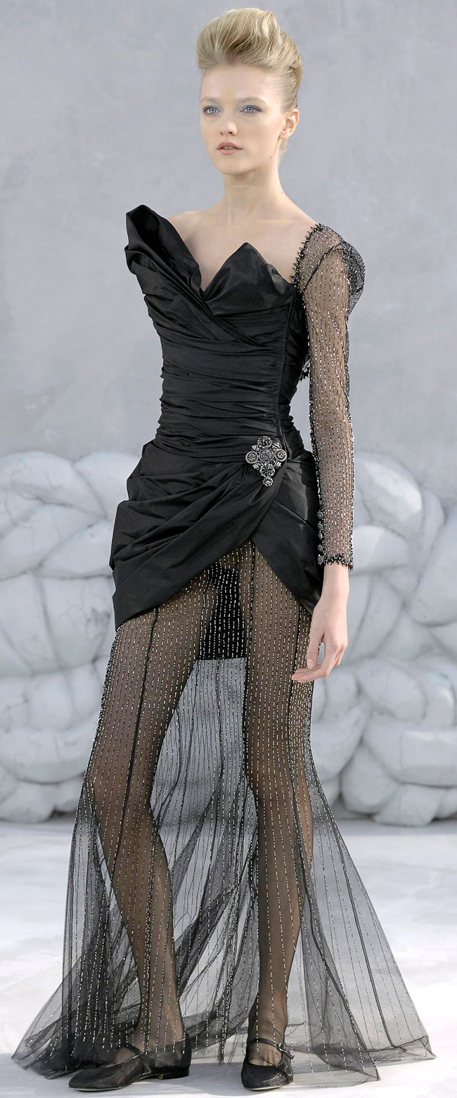 Модель Влада Рослякова, фото с модного показа