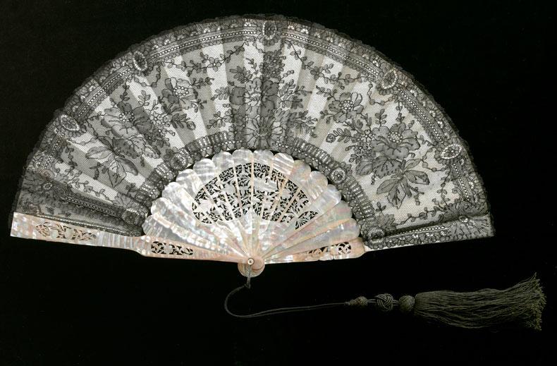 Антикварный веер фото