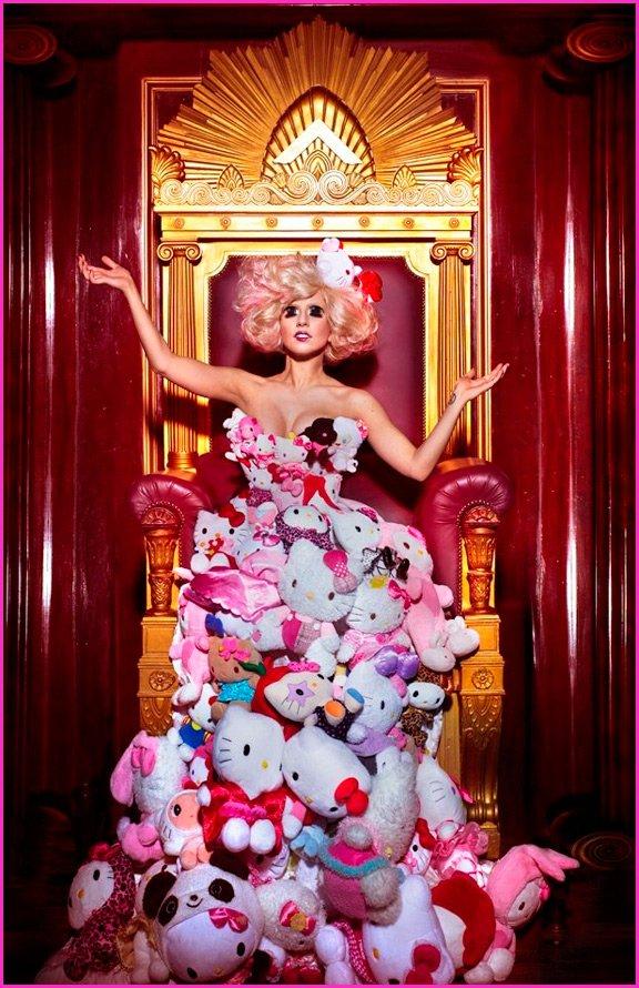 Платье из мягких игрушек