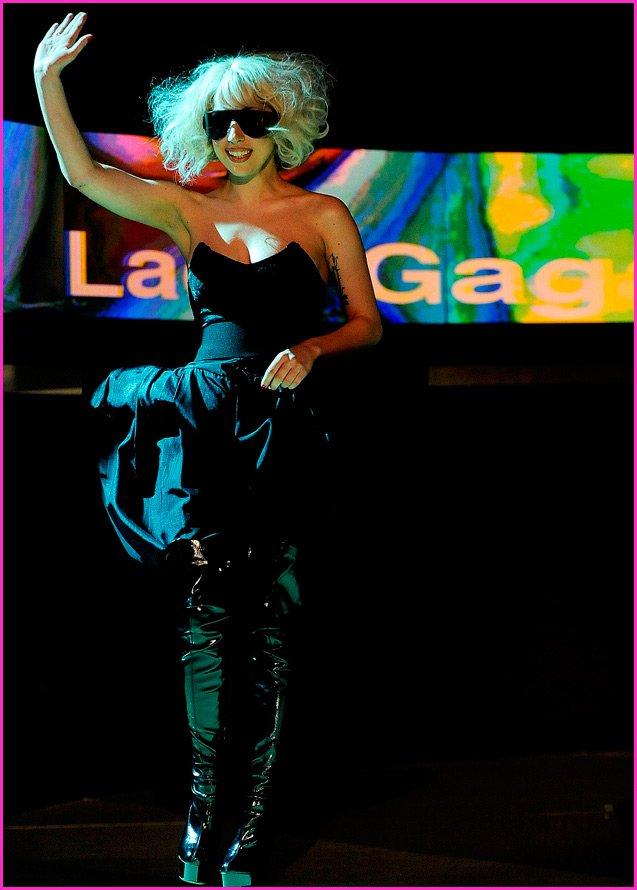 Леди Гага концерты