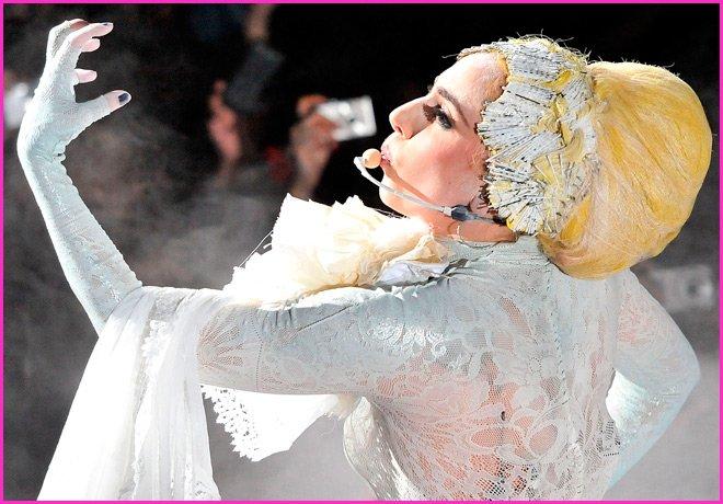 Lady Gaga фото с концерта