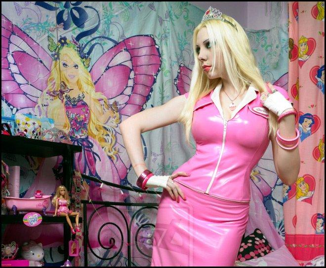 Девочка кукла, самые юные модели