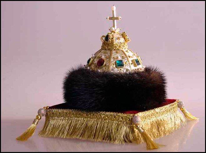 Золотая Шапка Мономаха - женская шапка