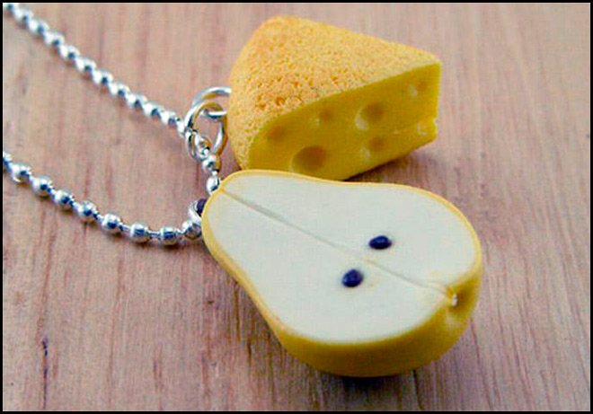 Бижутерия – сыр и груша фото