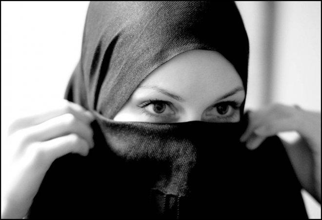 Восточные девушки и хиджаб