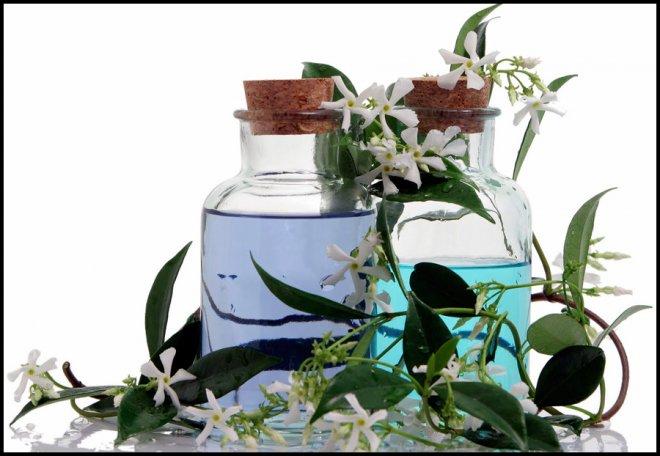 Парфюмерия, Ароматерапия и польза ароматов