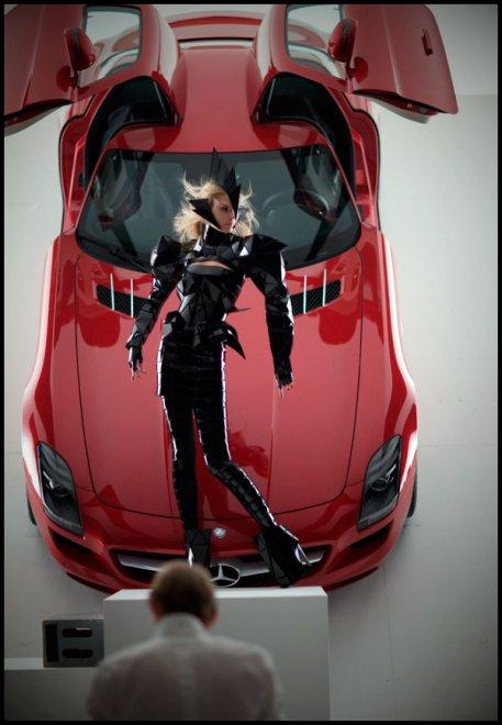 рекламная компания Mercedes-Benz SLS AMG