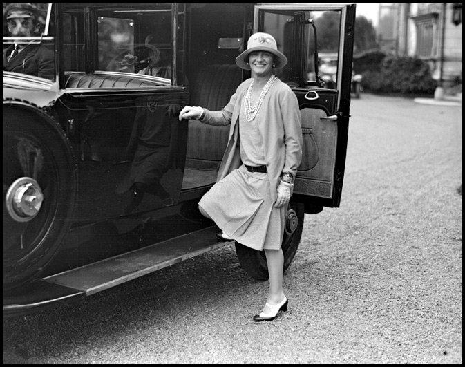Коко Шанель - биография мадмуазель и фото c2fcc70c994