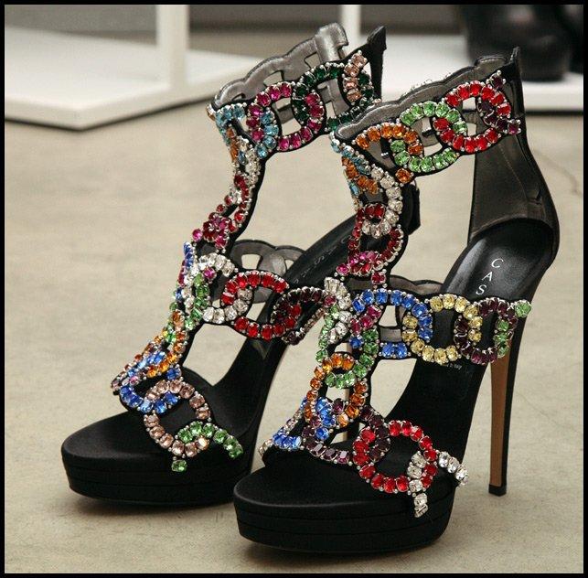 Туфли с кристаллами Сваровски