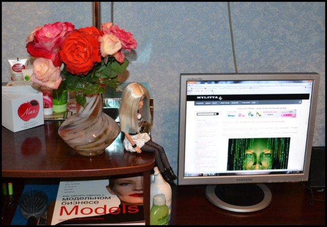 Монитор Samsung и мое рабочее место