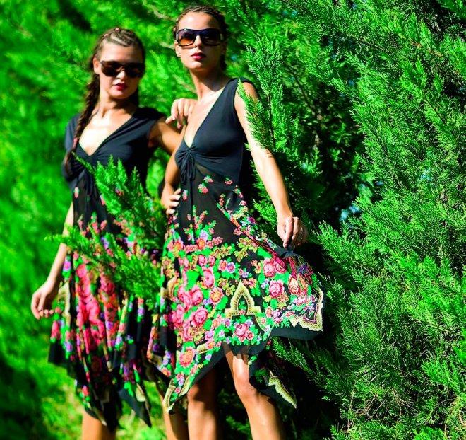 Павловопосадские платки и платья