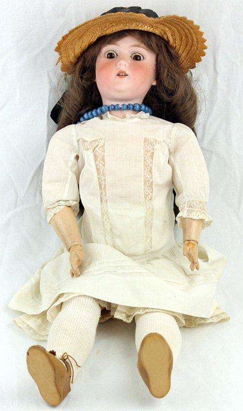 Антикварная фарфоровая кукла