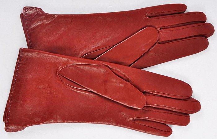 Модные кожаные перчатки Гермес