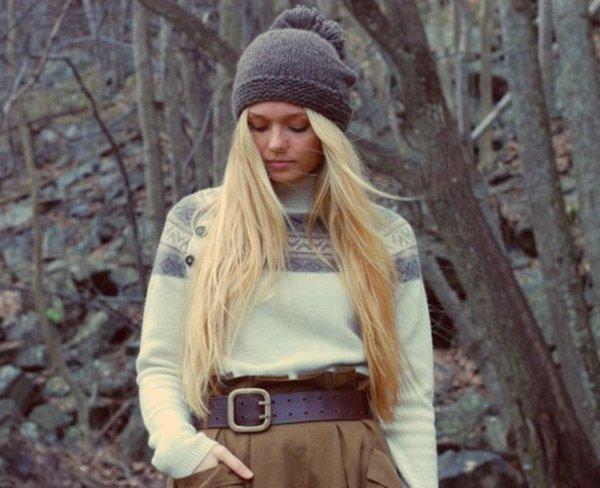 Женские вязанные шапочки из ангоры, фото