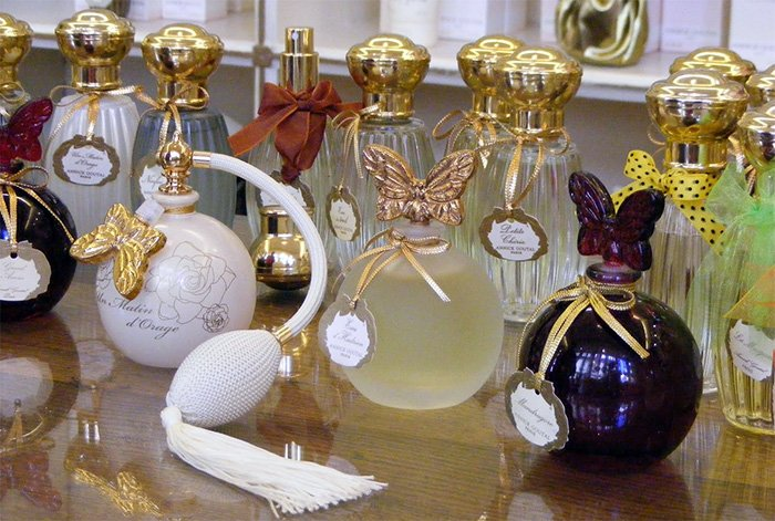 Духи парфюмера Анник Гуталь фото