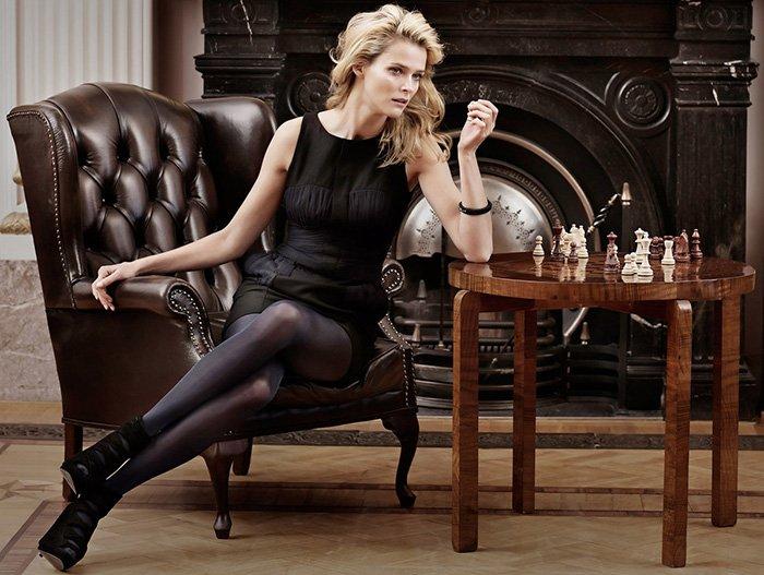 Кармен Касс фото с шахматами