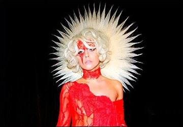 Гламурные фото Леди Гага