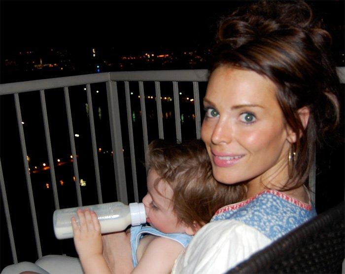 Йоанна Хаус фото с ребенком