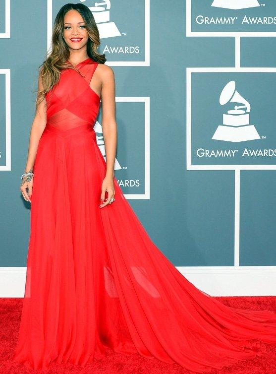 Стильное платье знаменитостей