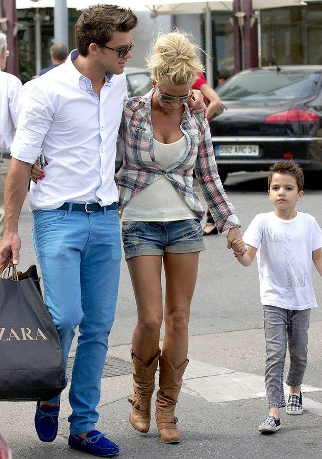 Кэти Прайс фото с ребенком