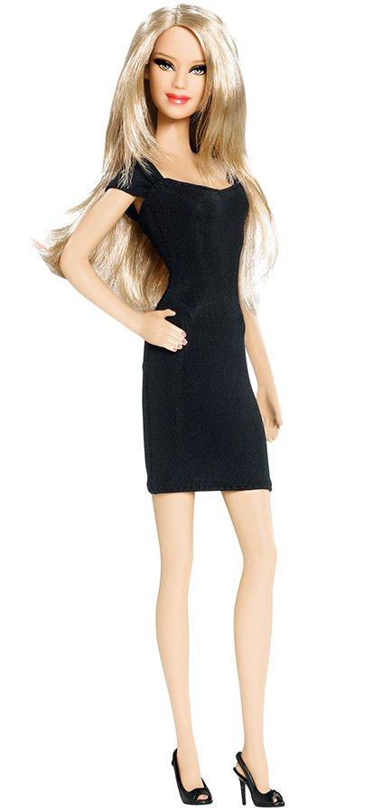 Кукла Барби и маленькое черное платье, фото