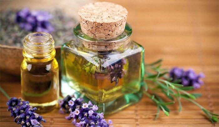 Базисные и эфирные масла для кожи лица и вокруг глаз