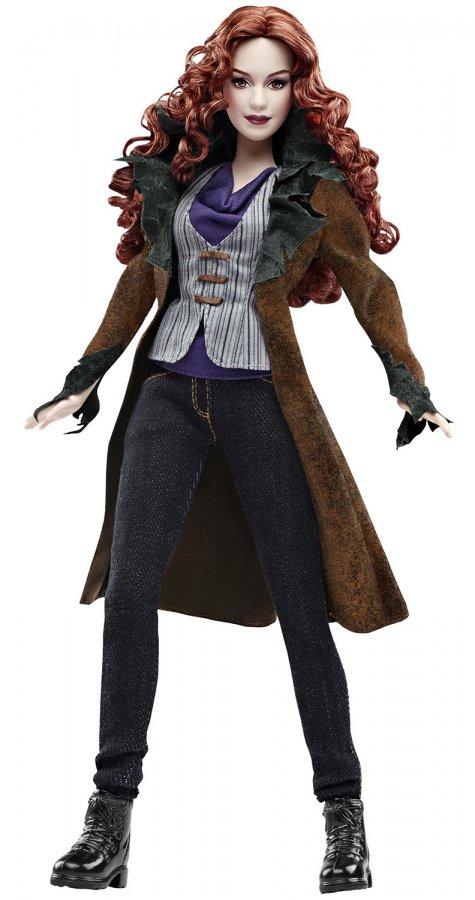 Модная кукла Барби в пальто