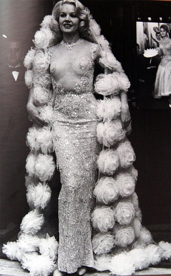 прозрачное платье Balmain фото