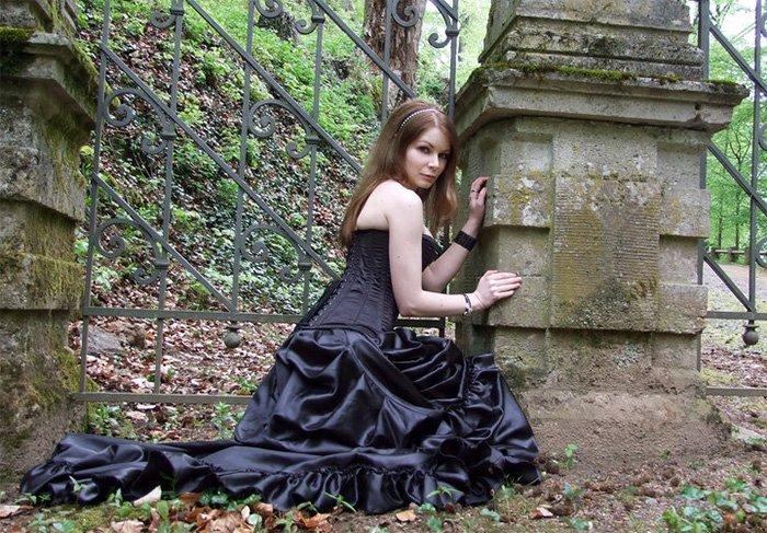 Готическая девушка фото
