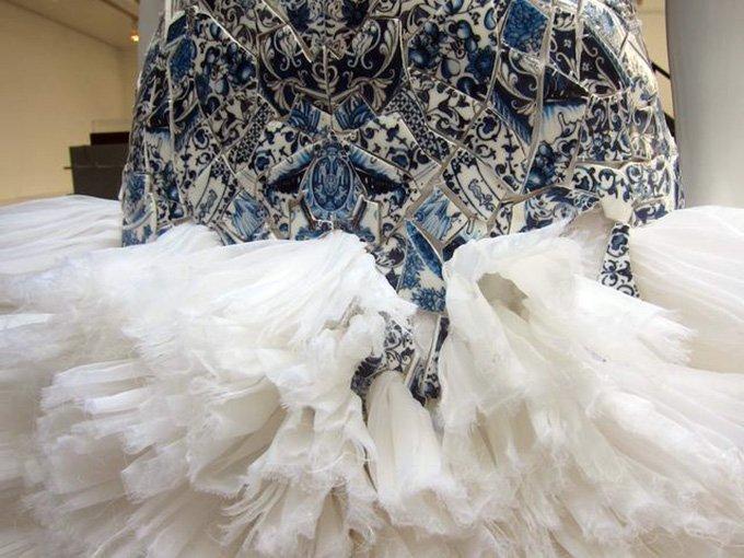 Показ платьев Ли Сяофэня