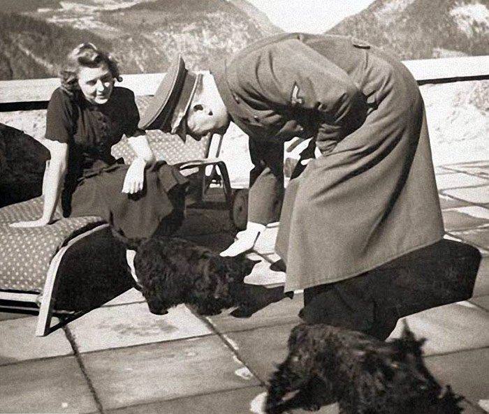 Жена Гитлера - Ева Браун фото