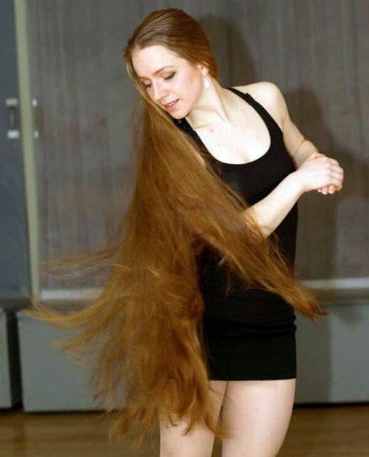 Очень длинные распущенные волосы, фото
