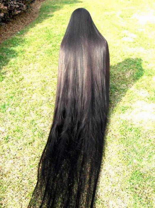 Видео картинки вид со спины девушка брюнетка и волосы до пояса