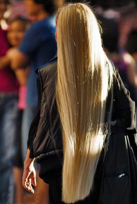 Длинные волосы у девушки, фото