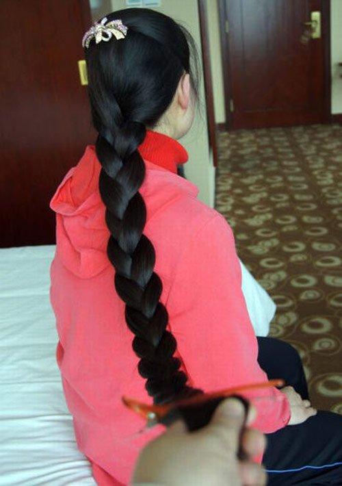 Красивые длинные волосы, фото девушки