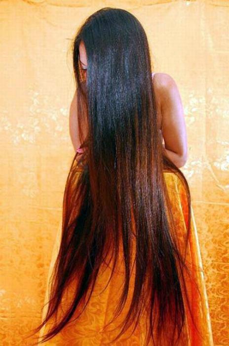 Девушка с длинными волосами рисунок