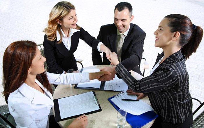 Духи для деловой женщины на переговоры