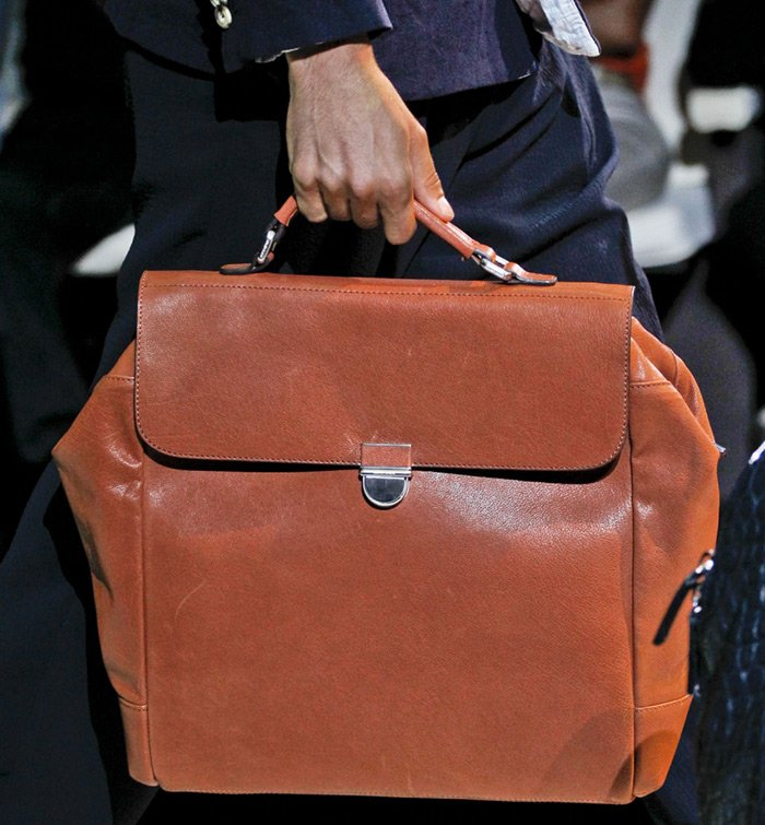 модные мужские сумки Giorgio Armani