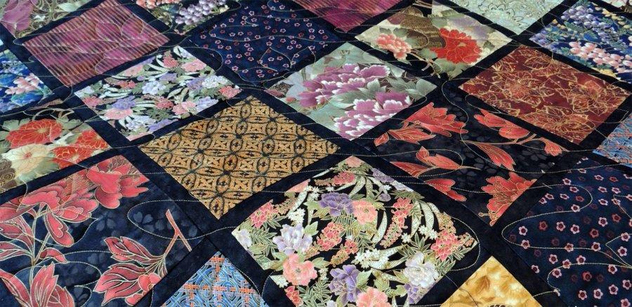 Орнаменты на ткани в японском стиле