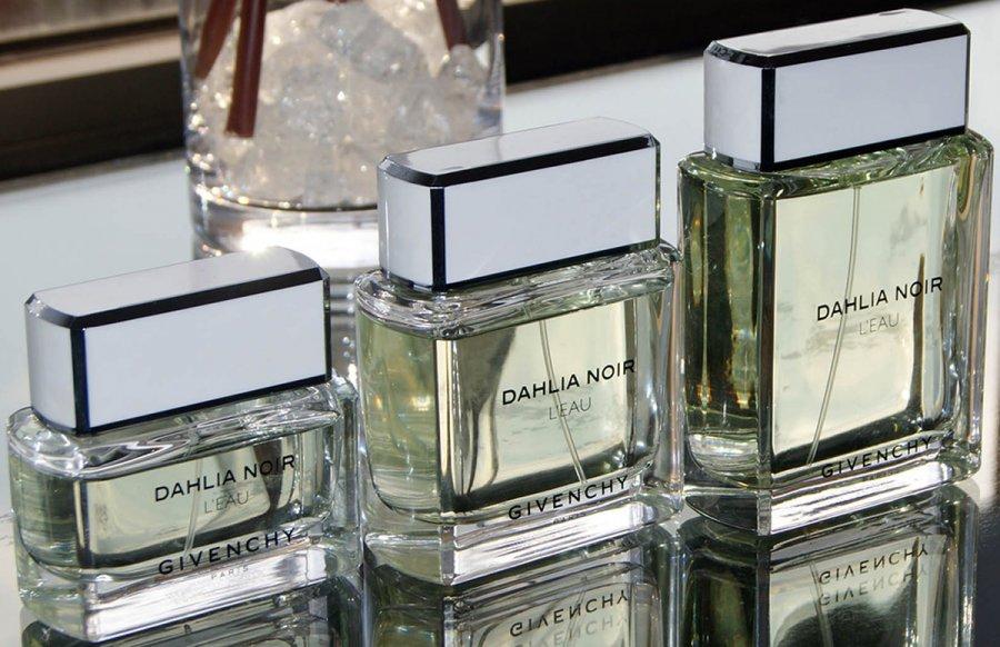Givenchy Dahlia Noir L'Eau 2013 Парфюмер Франсуа Демаши