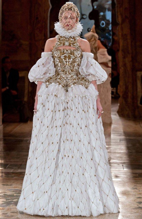 Платье МакКуина, фото