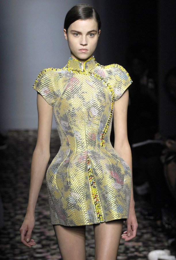 Платье из коллекции Balenciaga, фото
