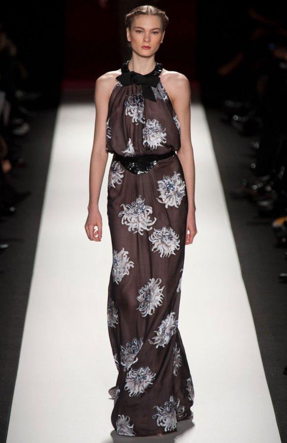 Платье из коллекции осень-зима 2013-2014, фото