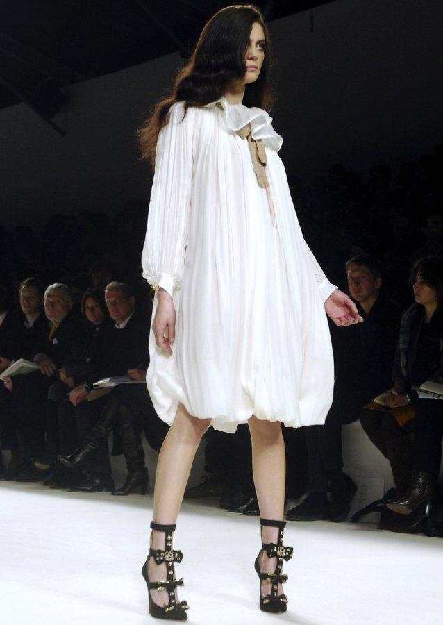 Белое платье от Chlo?, фото