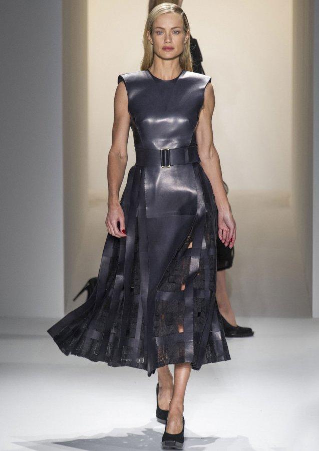 Платье эмитирующее кожу, фото