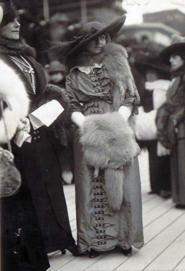 Француженки в мехах, фото