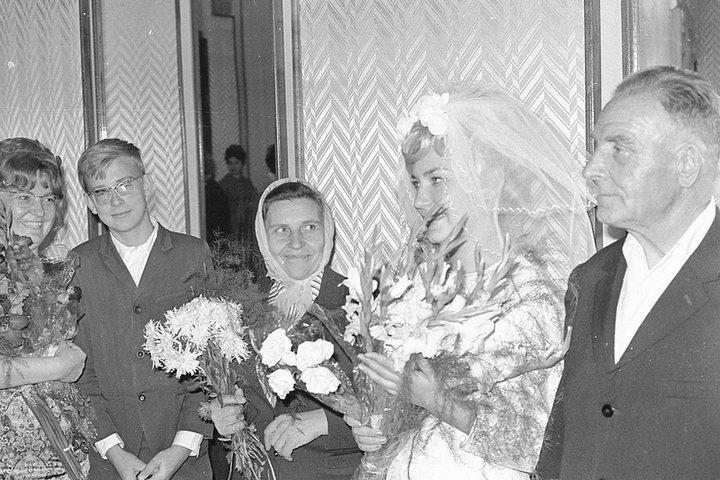 Свадьба в советском стиле